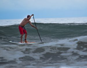 eric sup surf playa uvita